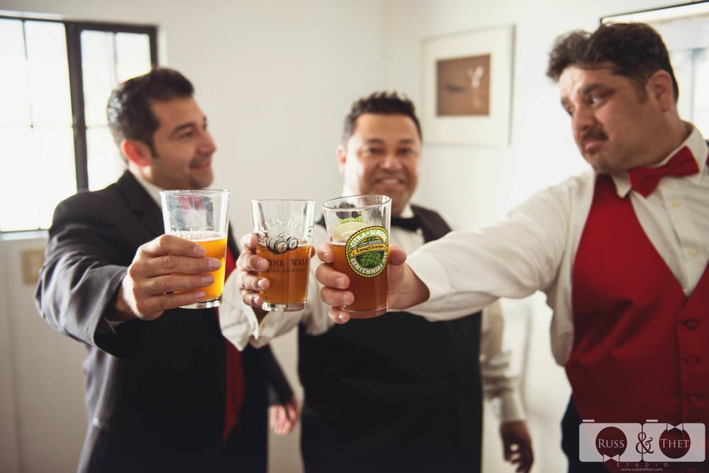 cast-away-los-angeles-wedding-getting-ready-5.JPG