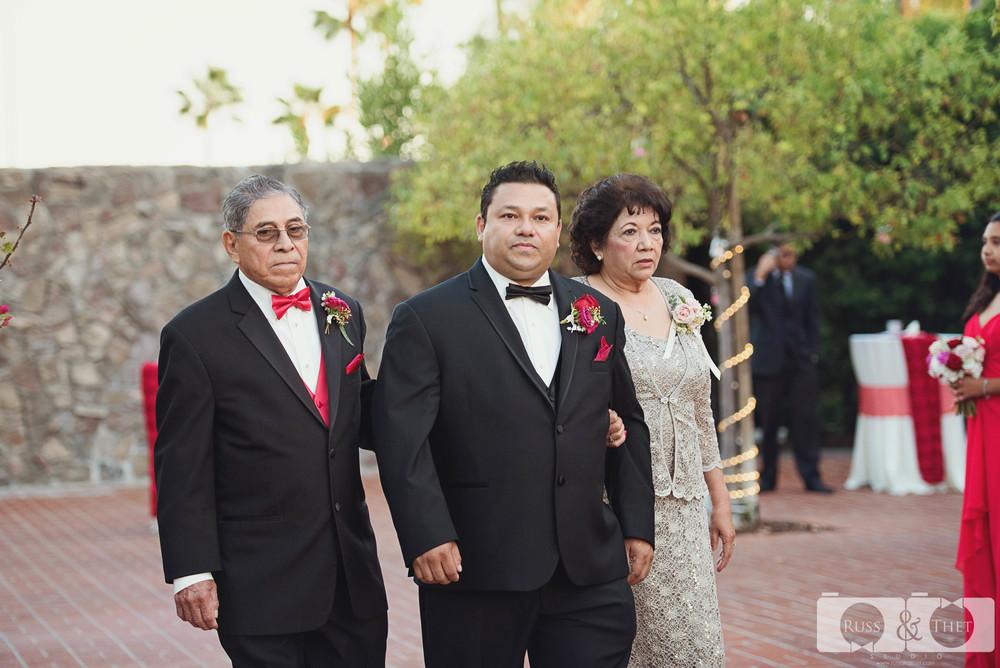 cast-away-los-angeles-wedding-ceremony-4.JPG