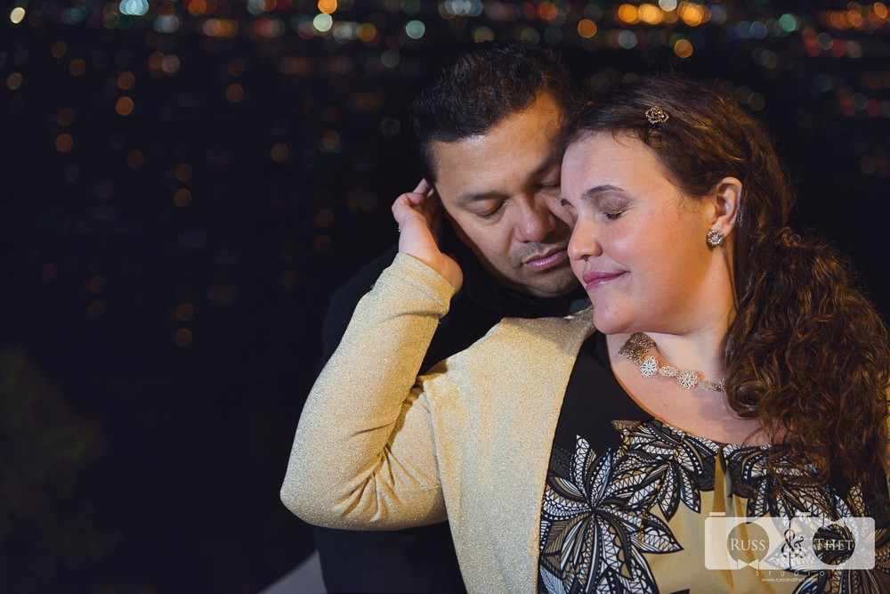 Hector&Vanessa-Griffith-Conservatory-Engagement-Photographer (8).jpg
