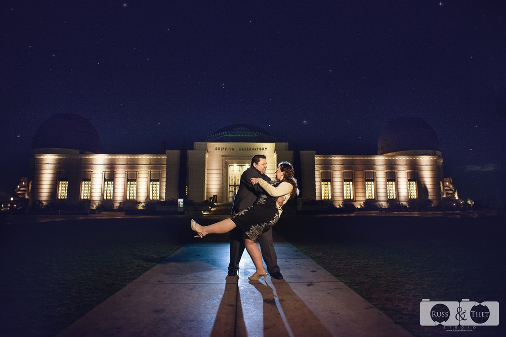 Hector&Vanessa-Griffith-Conservatory-Engagement-Photographer (11).jpg