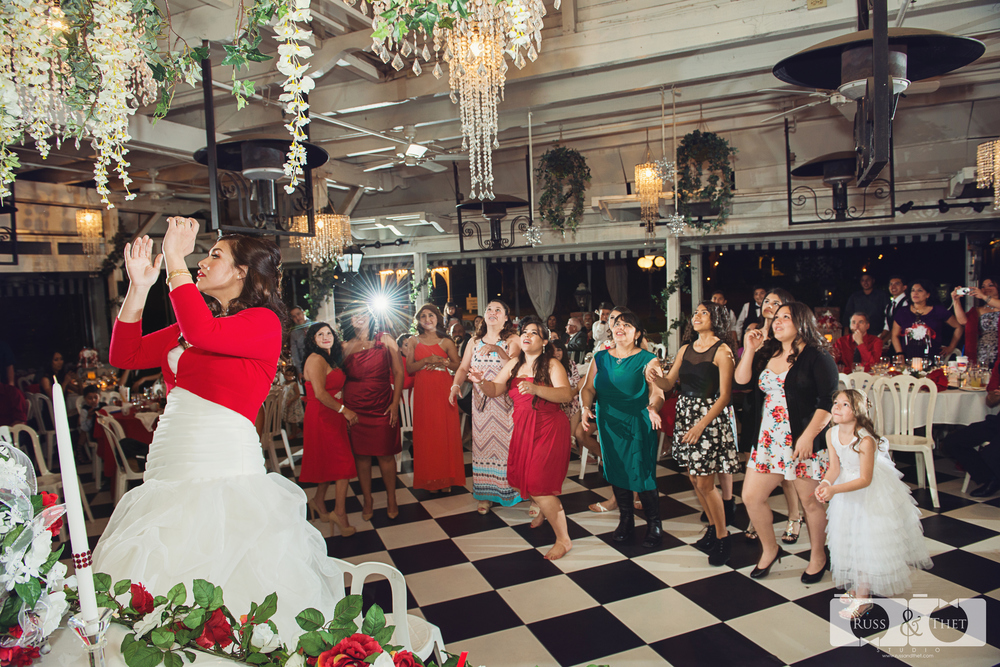 Ontario-wedding-photographer (27).jpg