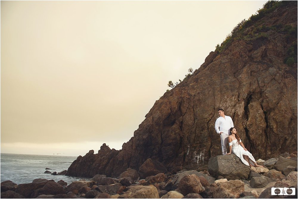 point-dume-beach-engagement-photographer (8).jpg