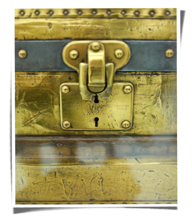 Louis Vuitton vintage trunk lock.jpg