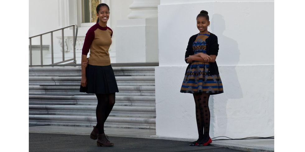hbz-sasha-malia-obama-gettyimages-156868155.jpg