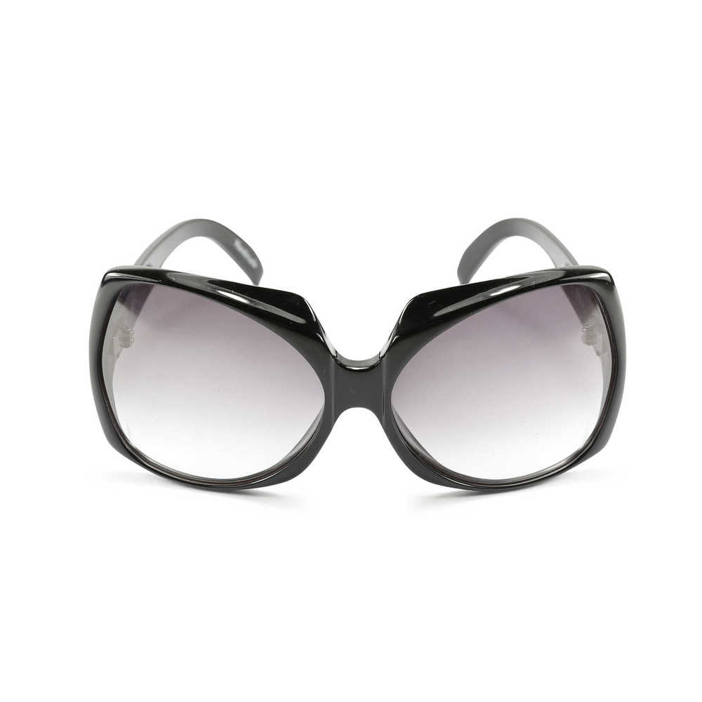 victoria-beckham-oversized-sunglasses-1.jpg