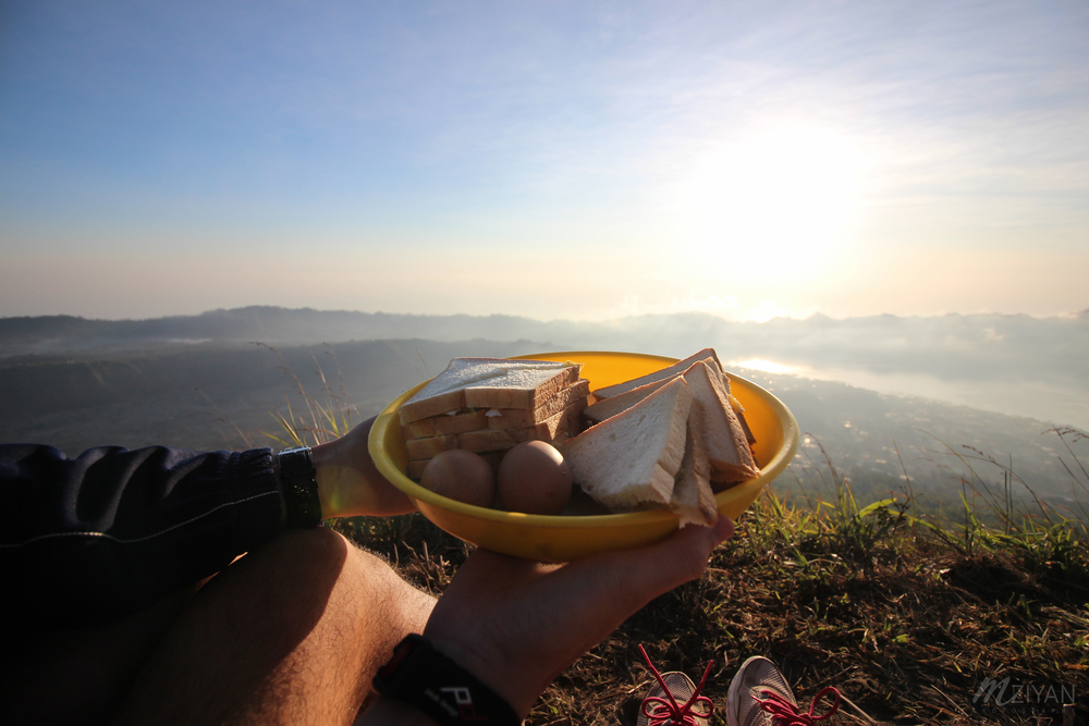 Did someone say, breakfast with a view?