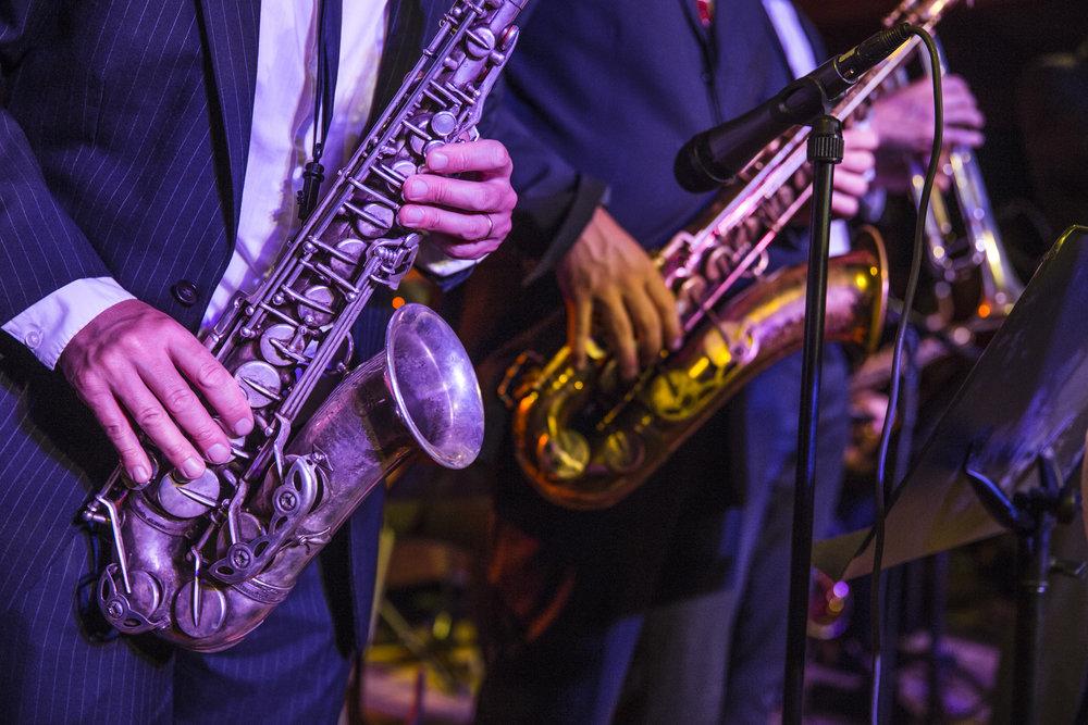Swingharmonic Saxar.jpg