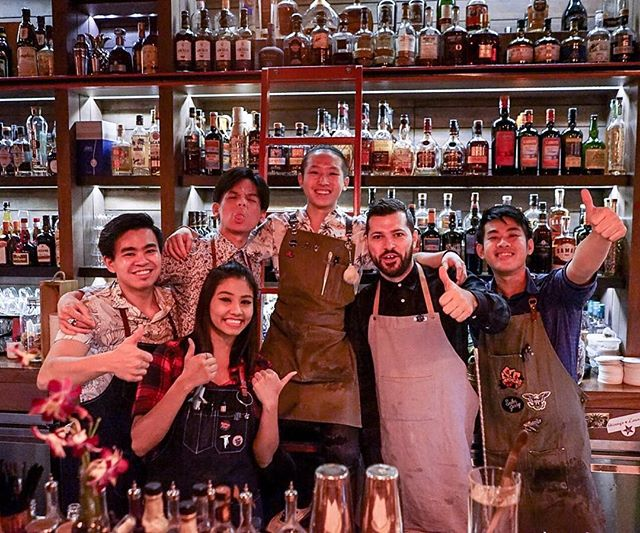 What a weekend! BIG shout out to Steve Hill from @lidkoeb bar for bringing great energy and cocktails to Sugarhall last Fri-yay!  #sugarhallsg #guestbartender #bacardi