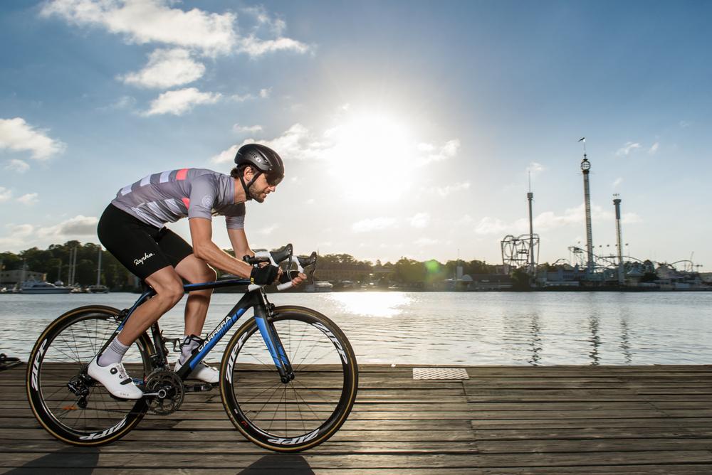 cyclist_rapha_broncolor_para_88_joakim_drake.jpg