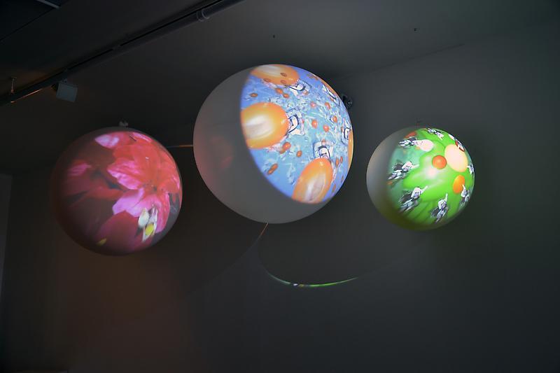 Planet_Installation0.jpg