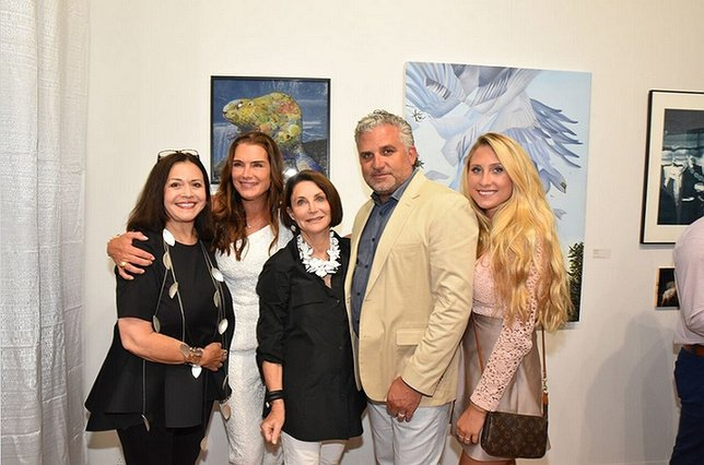 Pictured: Elayne Mordes, Brooke Sheilds, Ruth Baum, Nick Korniloff and Miranda Korniloff. Photo by: Art Southampton.