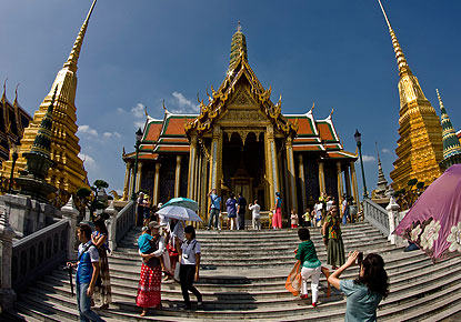 Temple of Emerald Buddha (Wat Phra Kaew)