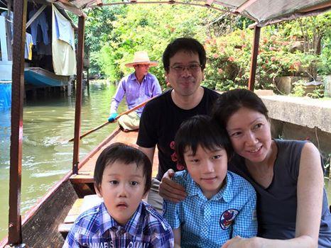 familyonboat.jpg