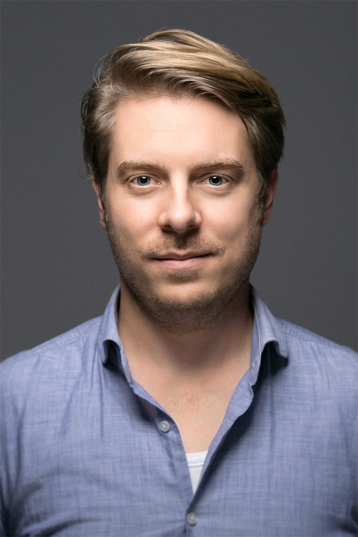 Paul Zischler  zischlermann filmproduktion   zischlermann.com