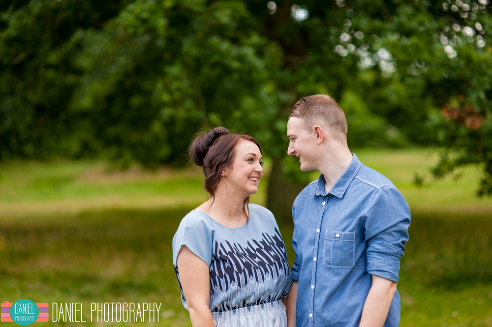 Laura&Steve_Engagement_web008.jpg
