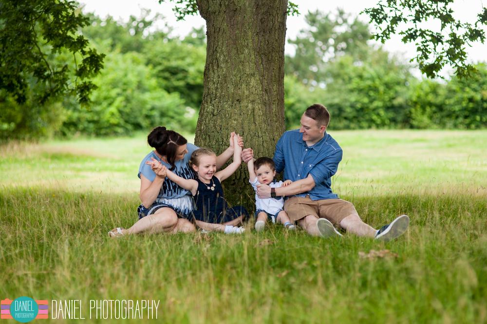 Laura&Steve_Engagement_web015.jpg