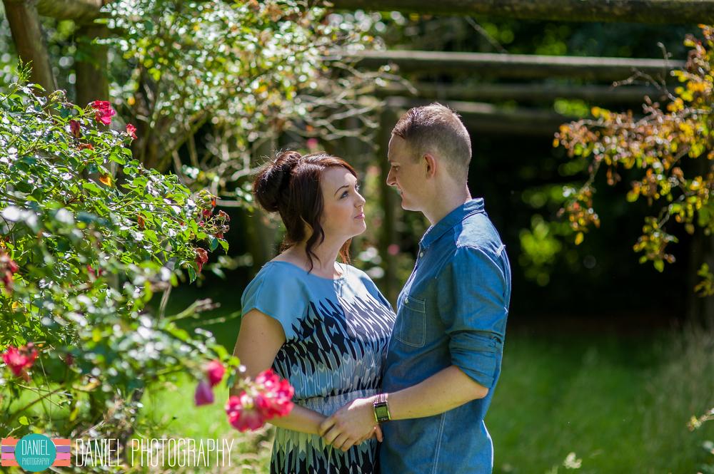 Laura&Steve_Engagement_web024.jpg