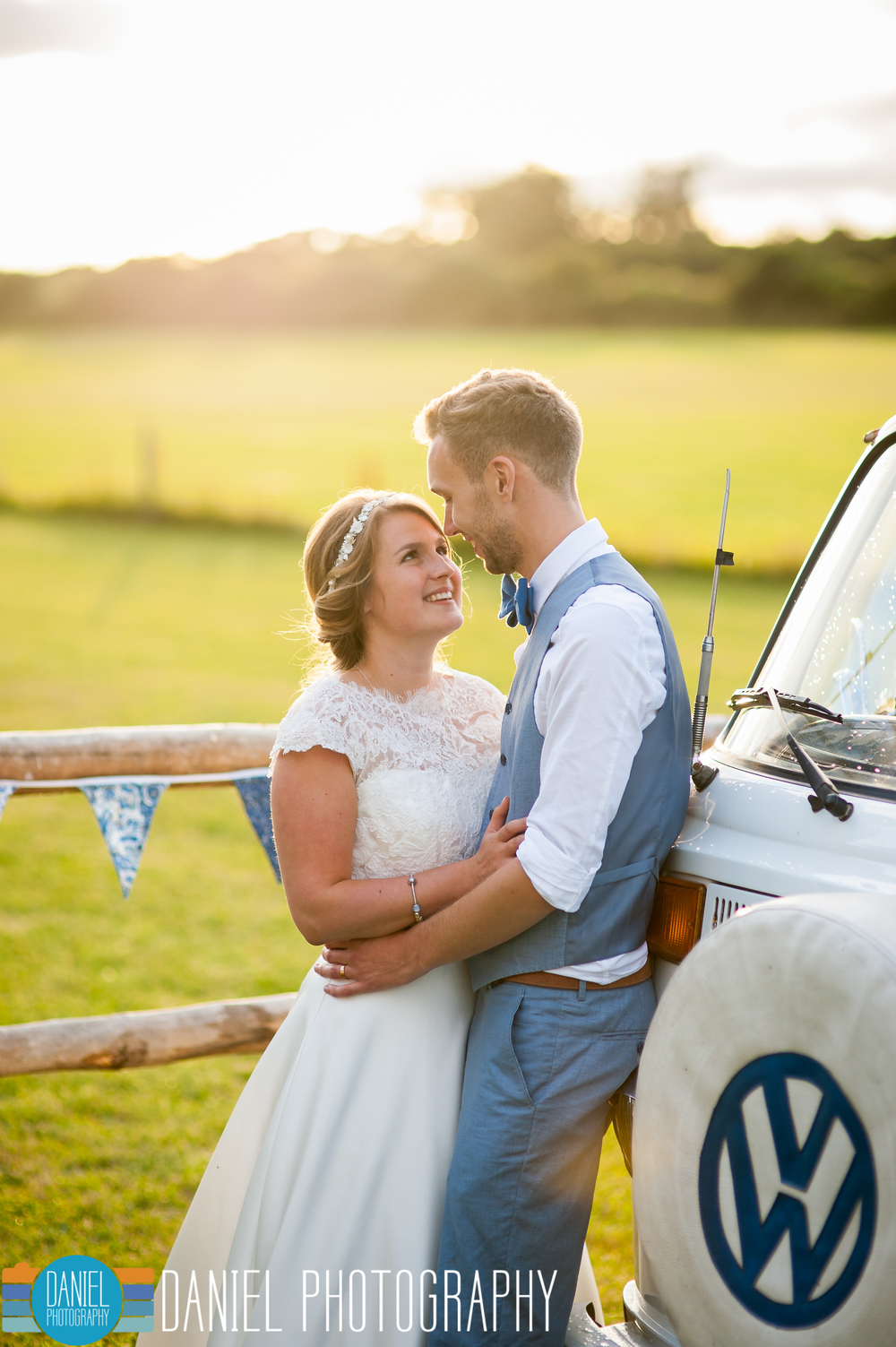 Dorset Wedding Photography, Knowlton Church, VW Camper - Daniel Photography, Hampshire Wedding Photographer