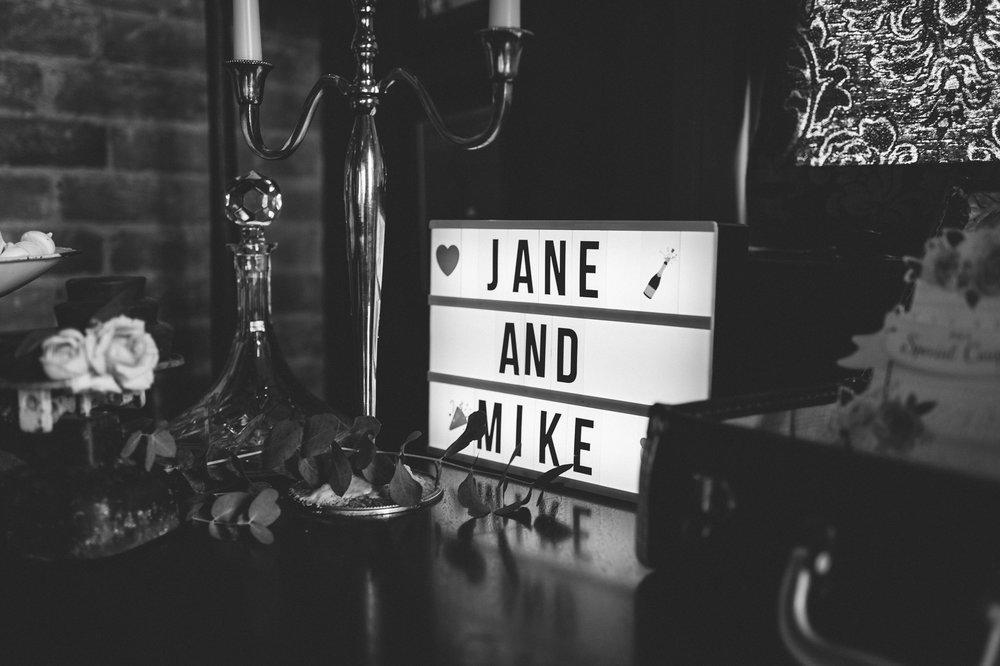 Jane&Mike191.jpg
