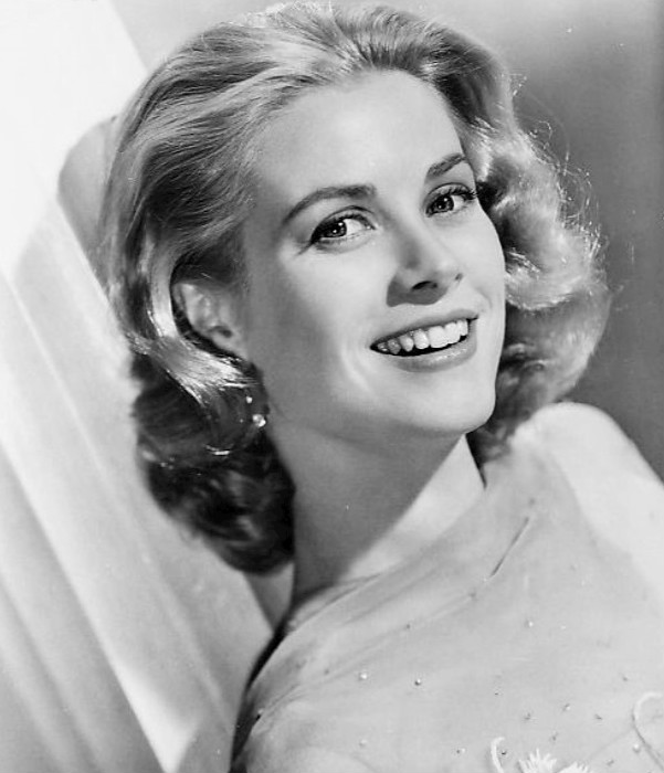 Grace_Kelly_1956.jpg