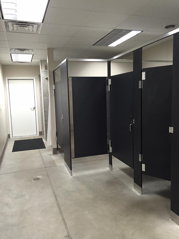 Clean, modern bathroom & shower facilities