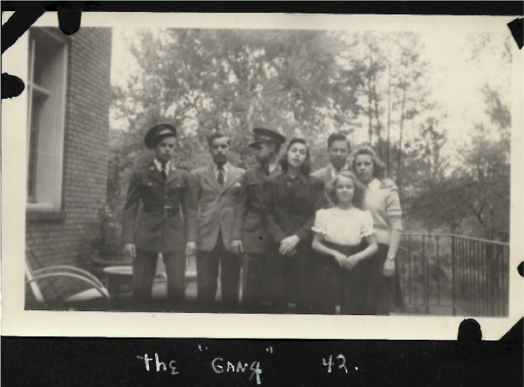 Schmid children Hill St 1942.png