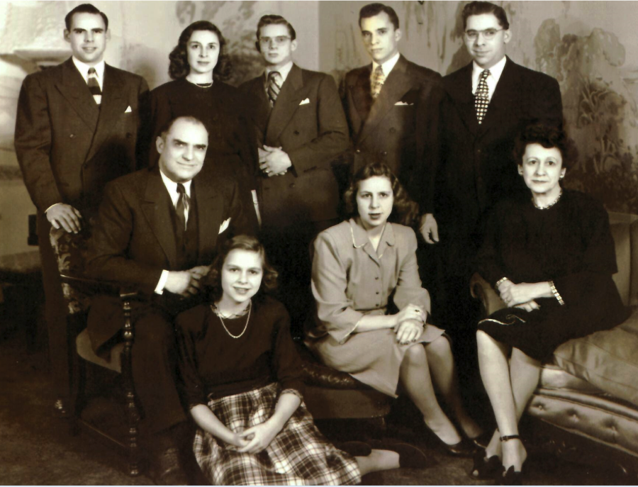 Titus and Josephine family 1950.png