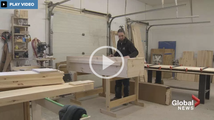 Global news do it yourself casket kit adds life to new brunswick watch video jeremy burrill wanted to give people a simpler cheaper and more environmentally solutioingenieria Choice Image
