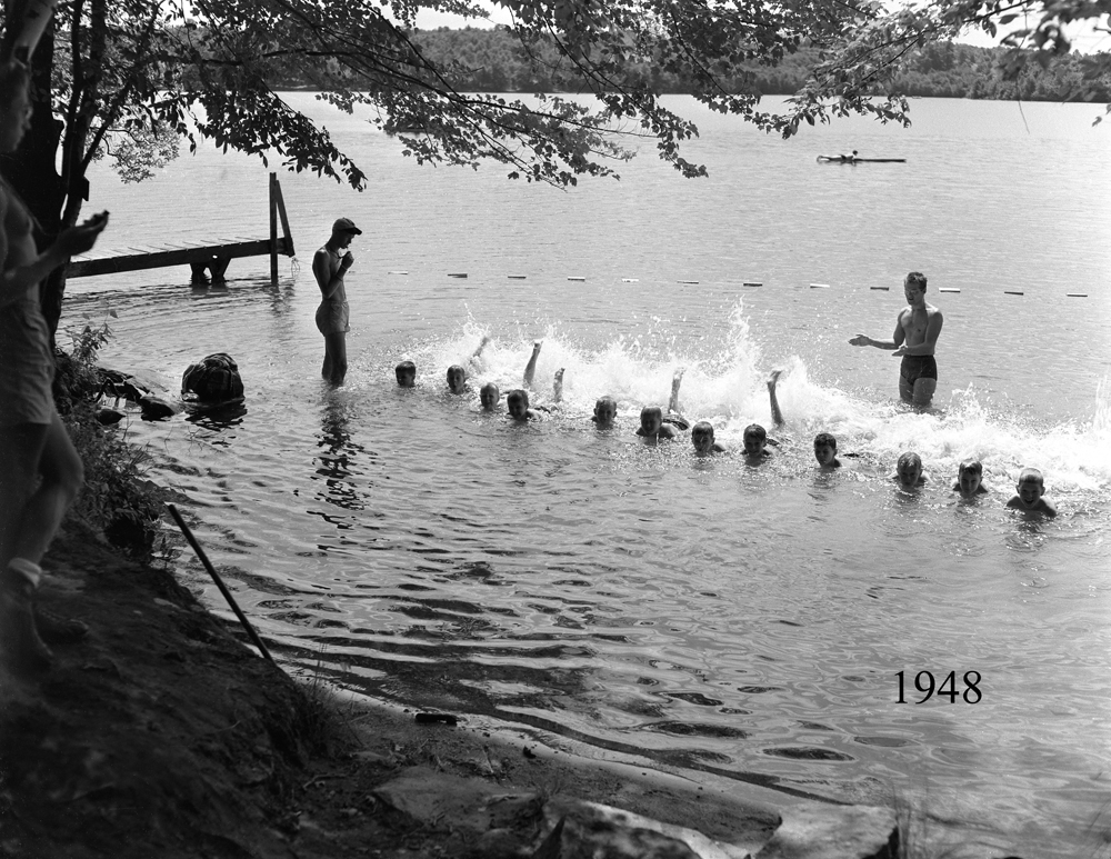Boys Swim Class 1948.jpg