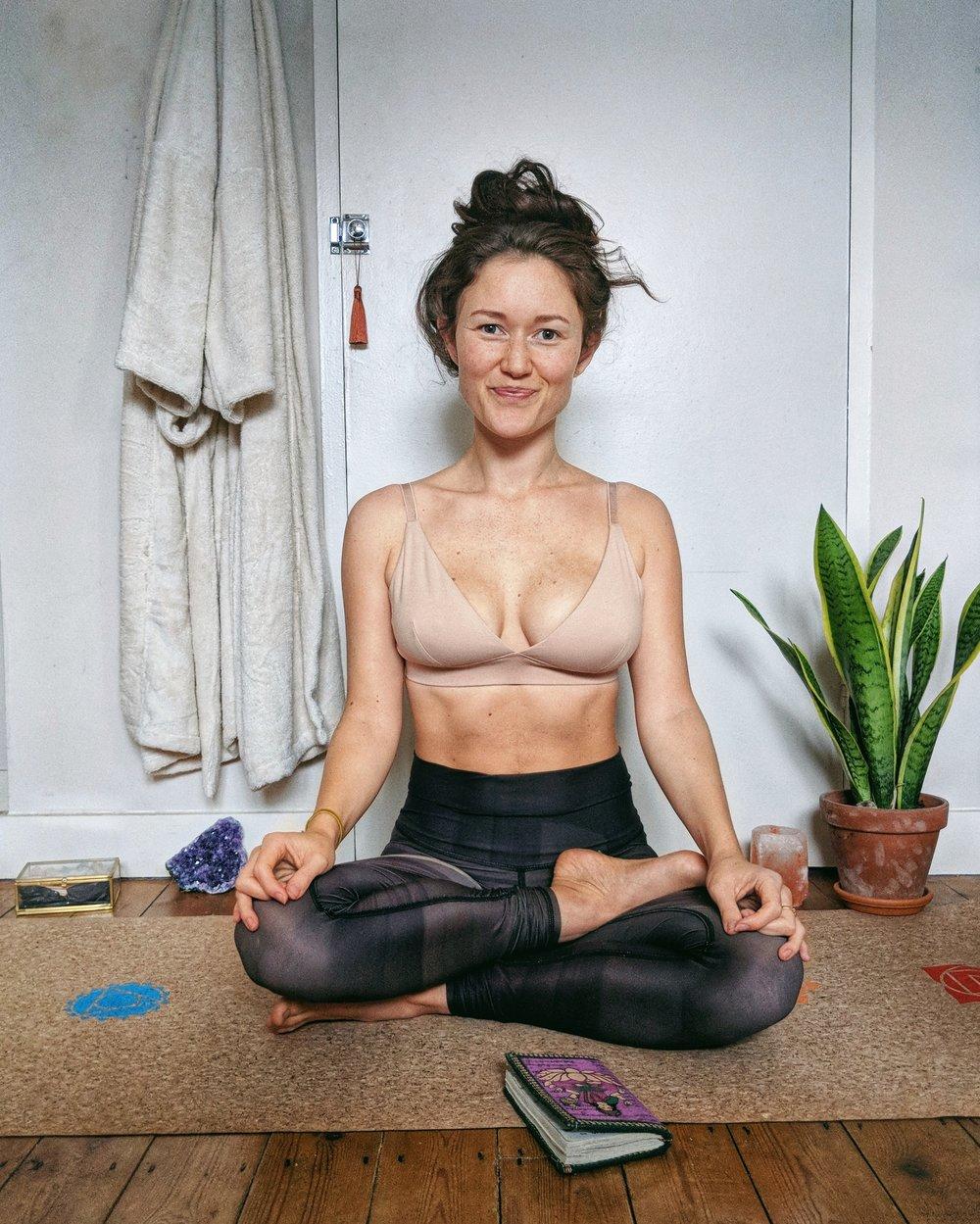 Organic Basics Underwear Review: Organic Cotton Bra (Breastfeeding-Friendly)