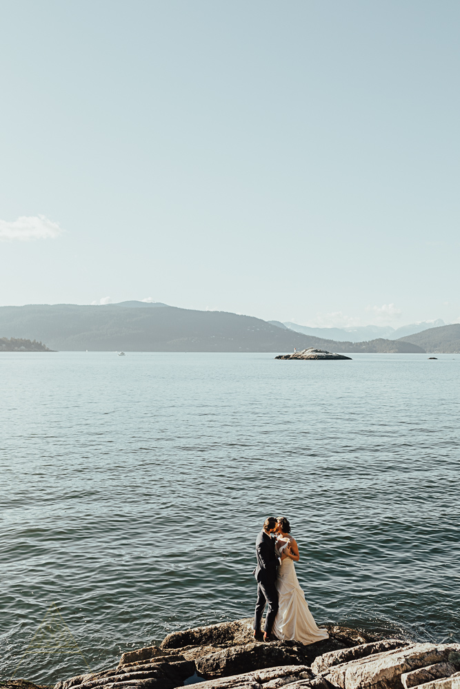 stylish-vancouver-wedding-photography-48.jpg