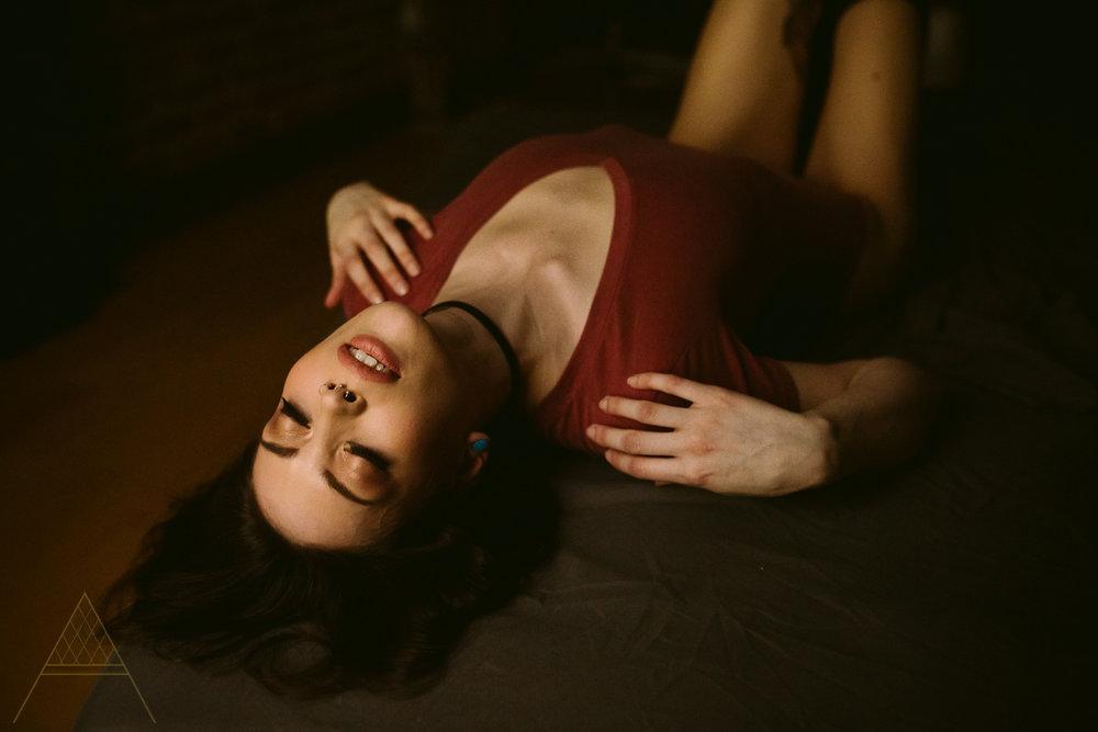 aiota-boudoir-intimate-portrait-photography-vancouver-6.jpg