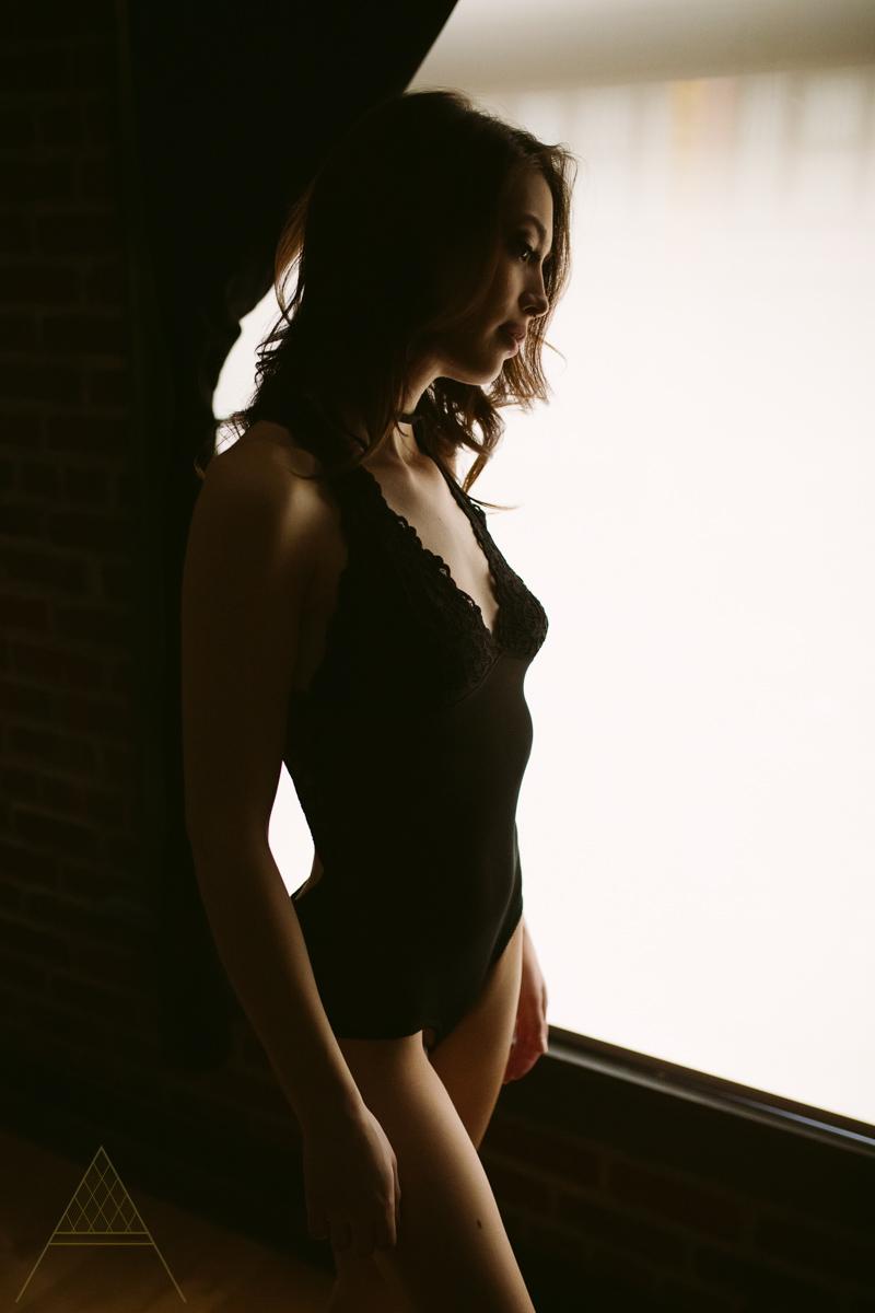 aiota-boudoir-intimate-portrait-photography-vancouver-11.jpg