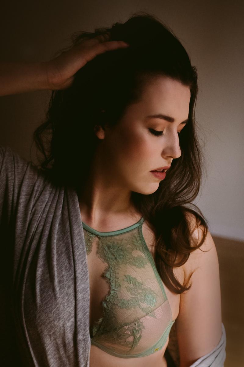 Sexy-Boudoir-Photoshoot-Vancouver-1.jpg