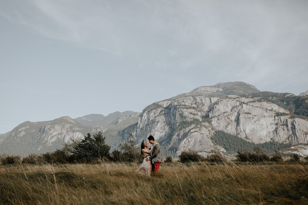 engagement-photos-squamish-Melodi-Jordan-2.jpg