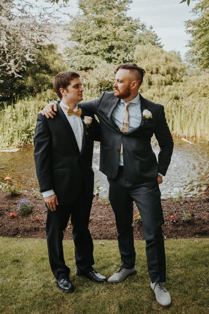 wedding photographer vancouver-42.jpg