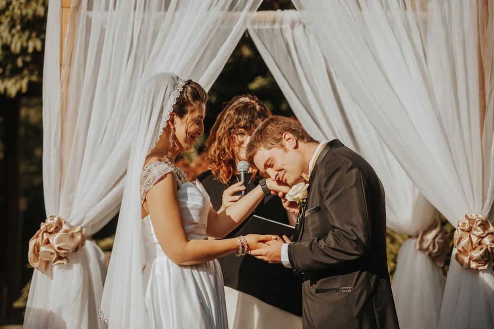 wedding photographer vancouver-76.jpg