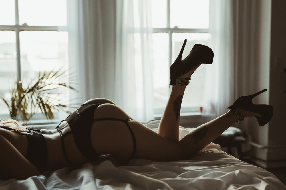 Boudoir Photography Vancouver-82.jpg
