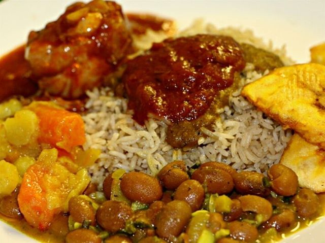 Herkullinen lounas ateria Helsingin, African Potsissa. Delicious african lunch at helsinki based African kitchen African Pots. #food #helsinki #visithelsinki #foodie #delicious #foodpic #ruoka