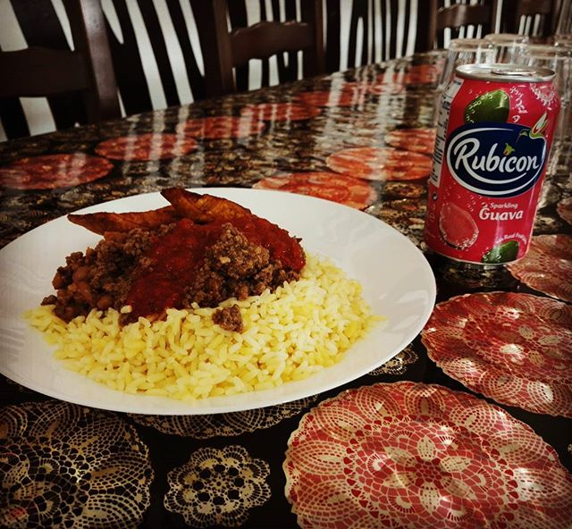 Late lunch African Pots style! #lunch #lounas #lounas #food #rubicon #guava #mincemeat #africanpots #restaurant