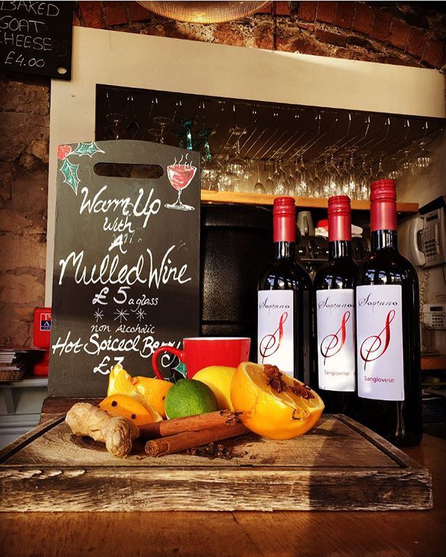 We love any excuse for wine at The Quadrant, and the autumn chill is definitely one of them! Join us for a mulled wine made fresh with locally sourced ingredients from #regtheveg #clifton #mulled wine #quadXmas