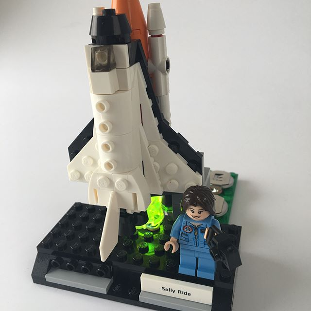 Happy Birthday Sally Ride, the first American woman in space!  For this project, we used a 2 battery packs a UV LED and nylon  to make this space shuttle glow. Lectrify your own projects by following the link in our profile. . . . . . . . . #sallyride #space #astronauts #NASA #science #STEM #steam #womeninSTEM #womenatnasa #womeninscience #WomenWhoInspire #shero #lego #legos #minifigs #minifig #minifigure #minifigures #brickstagram #bricks #legofun #circuits #LEDs #engineering #UVLED #electronics