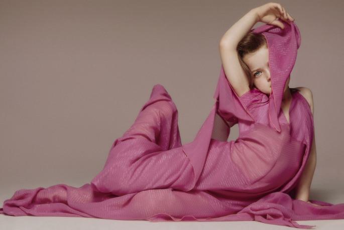 Hetty in Pucci Size: 150 x 100 cm / Kr 6500,-
