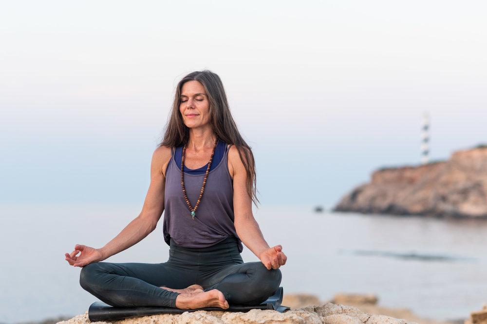 Suzanne_yoga_colour_©SayanaCairo_2018-179.jpg
