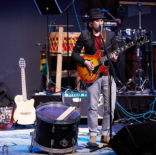 Two guitars and a drum @jefframseymusic . . . . . . . #yegmusic #yegband #edmontonmusicscene #newmusic #yegshows #edmontonliving #instagramyeg #albertamusic #albertamusicscene #yeg #edmonton #yegnews #albertalife #vox77 #voxamps #godin #godinguitars #kochamps #bandlife 📷: @tomyorkphoto