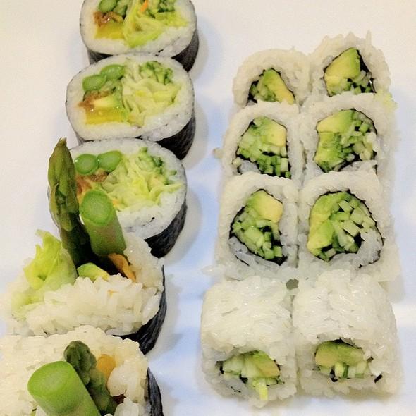 sushi_6.jpg