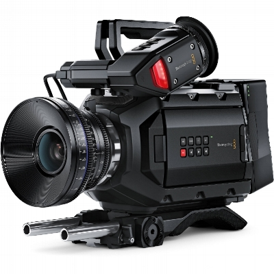 blackmagic_design_cinecamursam40k_ef_ursa_4k_digital_cinema_1137314.jpg