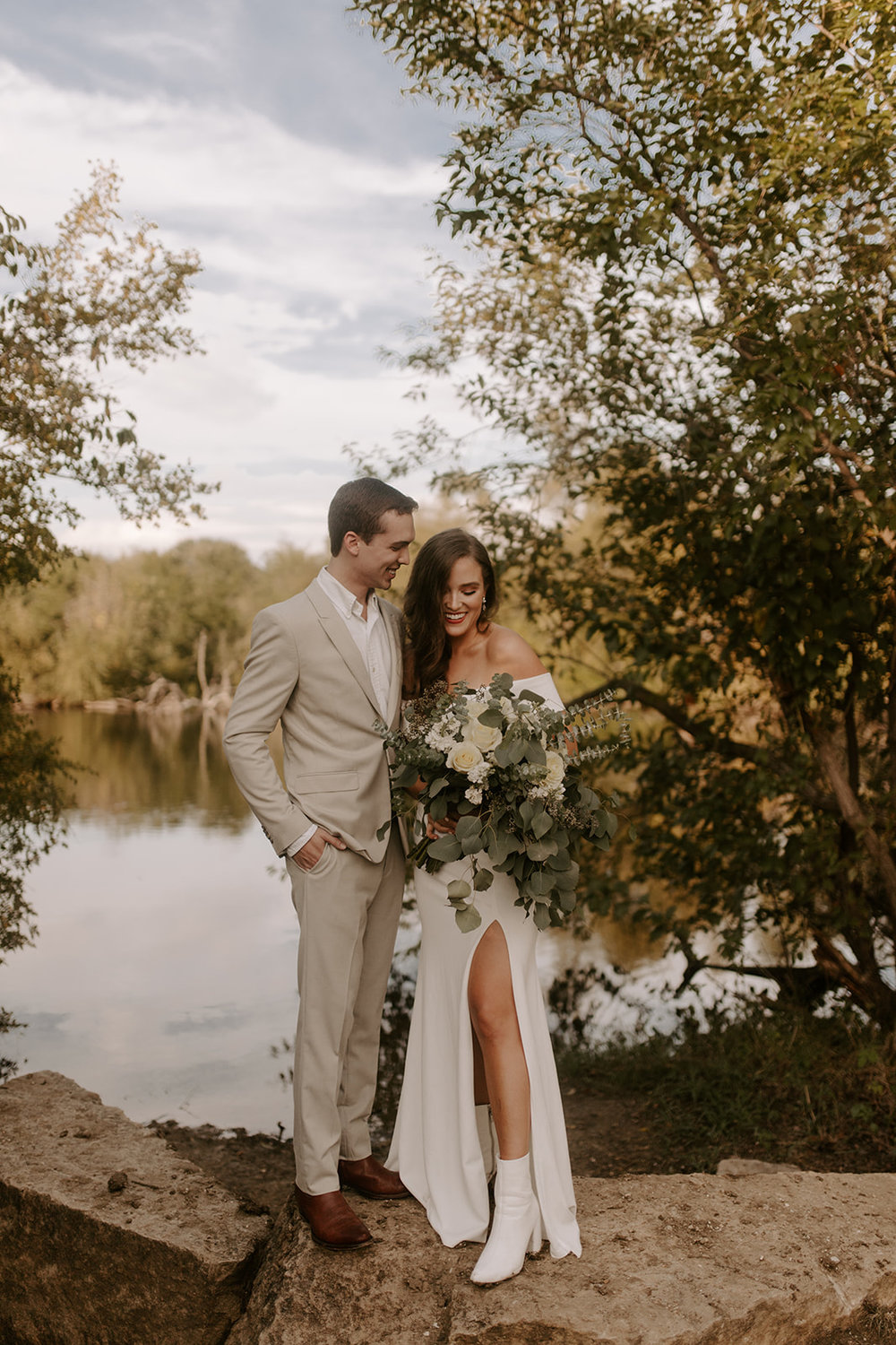 Winter-Fall Elopement- Meme Urbane Photography photos-2.jpg