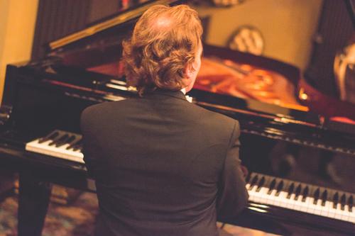 Michael+Fennelly+piano+2.jpg