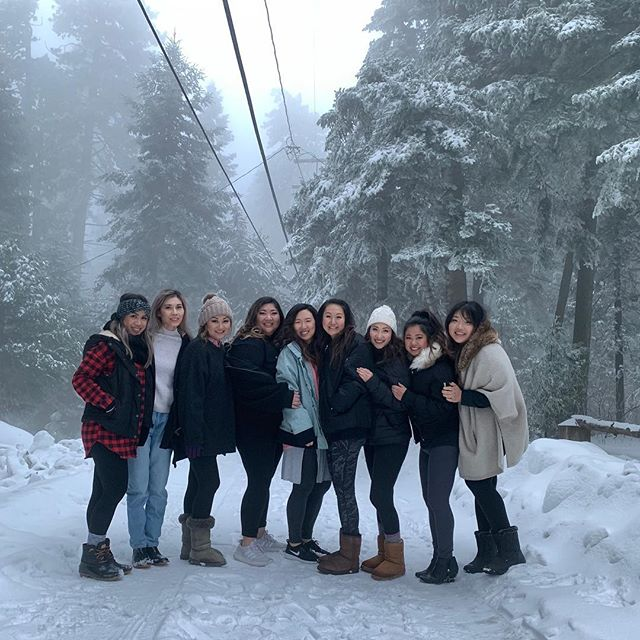I had the pleasure of attending our 2nd @e2beauty retreat this weekend in ❄️ Lake Arrowhead with a beautiful team of strong and talented women.  Not only did we nerd out on hair and makeup...we shared life stories, struggles, laughs, fears, and just life as women.  This year's retreat snuck in some team building through Mother Nature for us city girls who shoveled snow out of a driveway for the first time, learning to put on and take off snow chains, digging our cars out of snow, and even pushing a car through a snow covered road.  Through it all I'm reminded of what a blessing it is to be part of such a great team. #e2beautyteam #6yearsandcounting❤️️